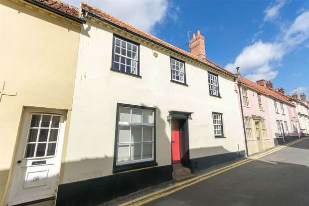 3 Bedrooms Terraced House for sale in 34 High Street, Wells-next-the-Sea