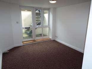 1 Bedroom Maisonette Flat for sale in Dover Road, Folkestone, Kent