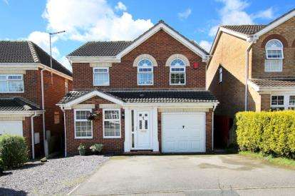 4 Bedrooms Detached House for sale in Westminster Close, Bramley, Rotherham, South Yorkshire