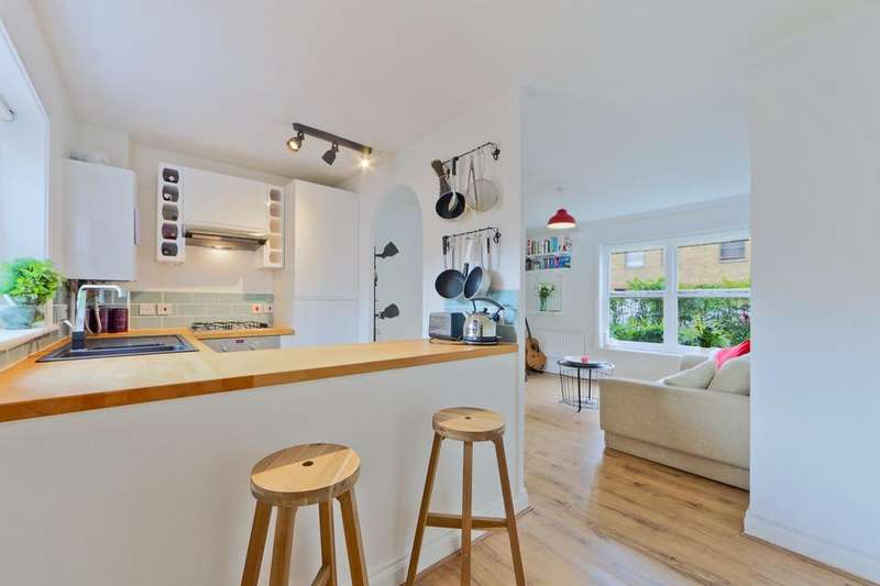 1 Bedroom Flat for sale in Sycamore House, 21 Langton Road, London SW9