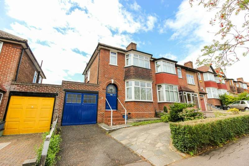 3 Bedrooms Semi Detached House for sale in St. Ronans Crescent, Woodford Green