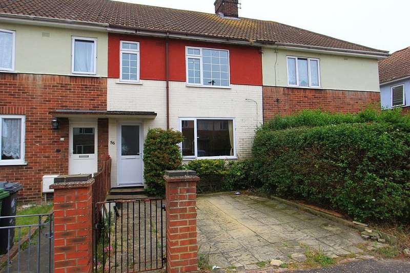 3 Bedrooms Terraced House for sale in Chaucer Road, Great Yarmouth, Norfolk, NR30 4HA