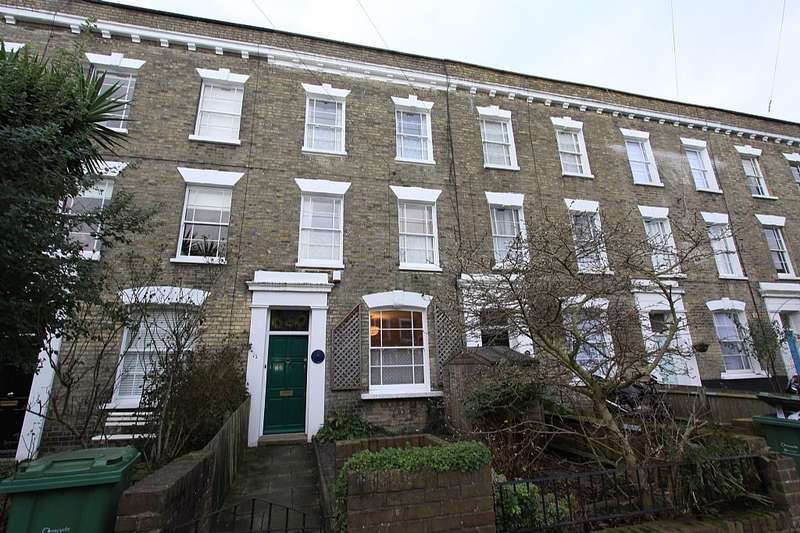 3 Bedrooms Terraced House for sale in St. Leonards Square, London, London, NW5