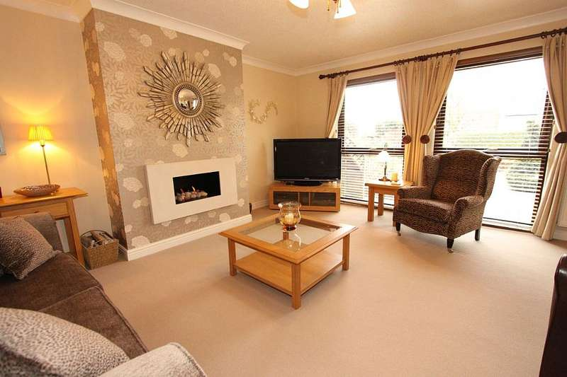 4 Bedrooms Terraced House for sale in Thompsons Close, Wolviston, Billingham, Cleveland, TS22 5LR