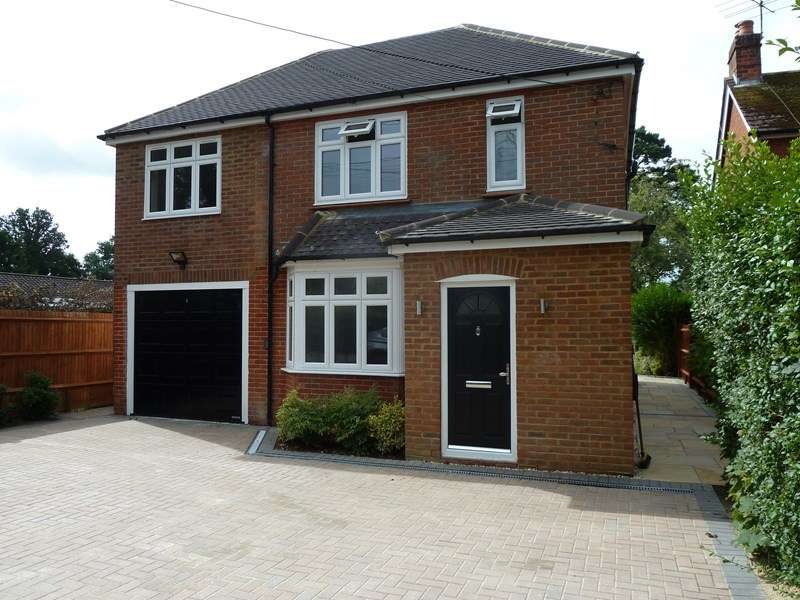 5 Bedrooms Property for sale in Lemon Grove, Bordon