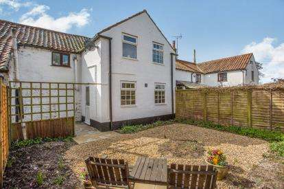 1 Bedroom Terraced House for sale in Castle Acre, King's Lynn, Norfolk