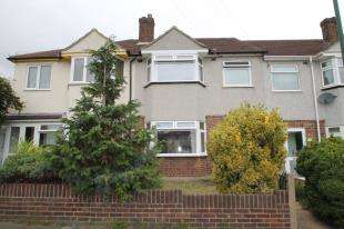 3 Bedrooms Terraced House for sale in Berkeley Crescent, Dartford, Kent