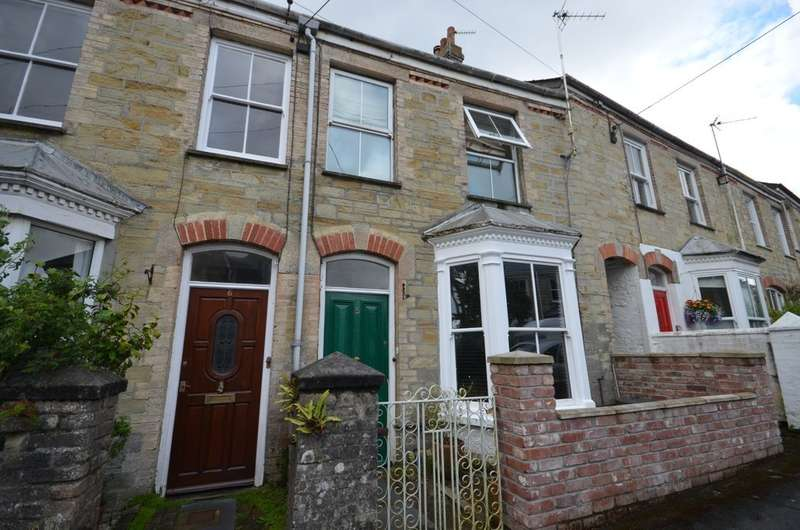 3 Bedrooms Terraced House for sale in Trehaverne Terrace, Truro