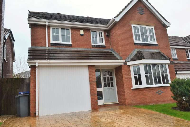 5 Bedrooms Detached House for sale in Plovers Way, Herons Reach, FY3