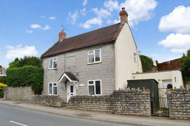 3 Bedrooms Detached House for sale in High Street, Curry Rivel, Langport, Somerset