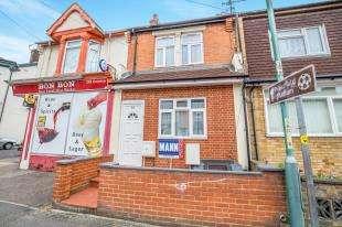 3 Bedrooms Terraced House for sale in Ingram Road, Gillingham, Kent, .