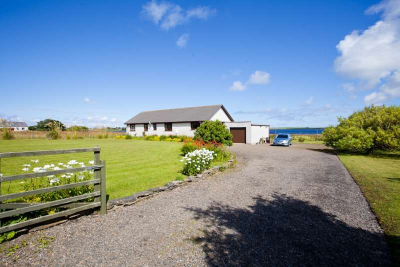 4 Bedrooms Bungalow for sale in Dunnet, Thurso, Highland, KW14