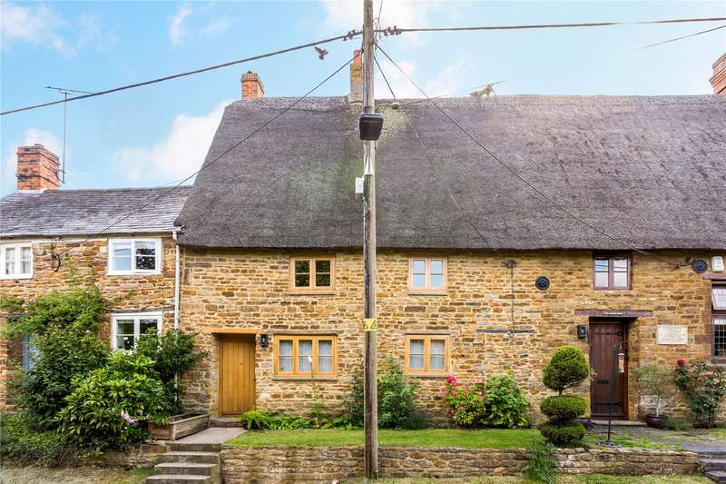 3 Bedrooms Terraced House for sale in Overthorpe, Banbury, Oxfordshire, OX17