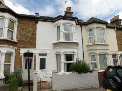 5 Bedrooms Terraced House for sale in Bury Street, Edmonton, London