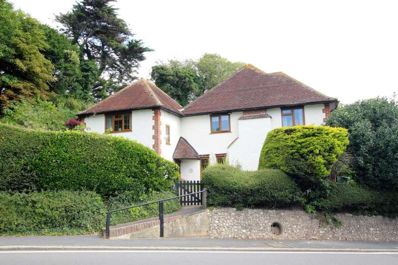 3 Bedrooms Semi Detached House for sale in Friston Hill, East Dean, BN20 0BP