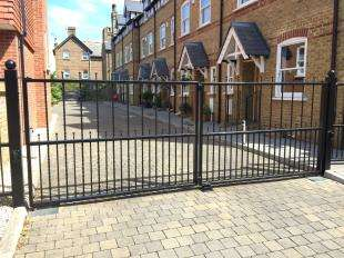 4 Bedrooms End Of Terrace House for sale in Tidewell Mews, Westgate-On-Sea, Kent
