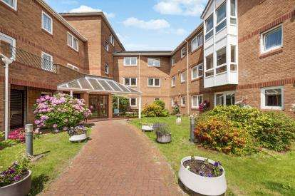 1 Bedroom Retirement Property for sale in Church Road, Newton Abbot, Devon