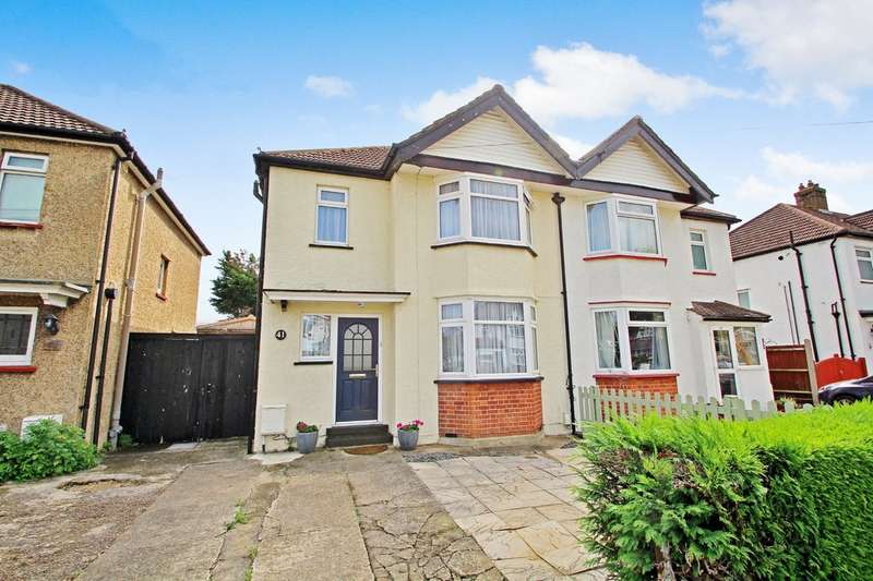 3 Bedrooms Semi Detached House for sale in Princes Avenue, Surbiton
