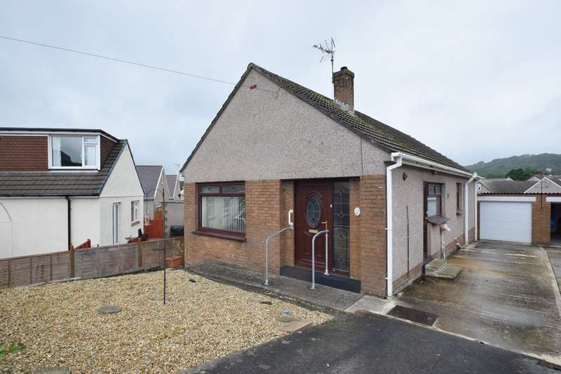 3 Bedrooms Detached Bungalow for sale in 4 Heol Cae Glas, Tondu, Bridgend, Bridgend County Borough, CF32 9ER.