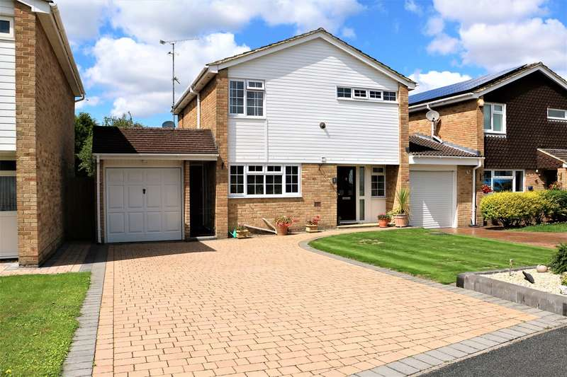 3 Bedrooms Detached House for sale in Windermere Avenue, Basingstoke, RG22