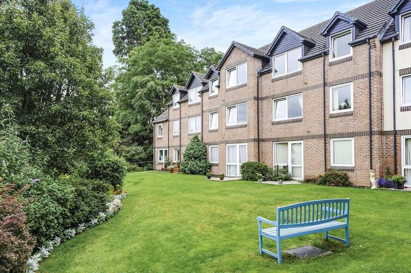 1 Bedroom Penthouse Flat for sale in Goldwire Lane, Monmouth