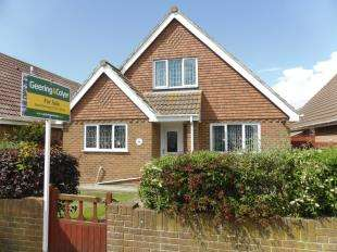 4 Bedrooms Detached House for sale in The Parade, Greatstone, New Romney, Kent