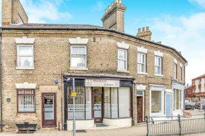 1 Bedroom Maisonette Flat for sale in High Street, Biggleswade, Bedfordshire
