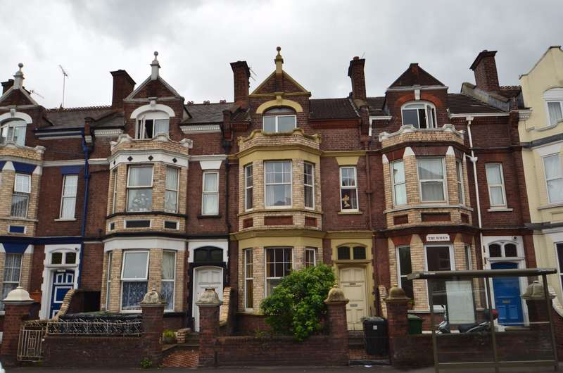 5 Bedrooms Terraced House for sale in Alphington Street, Exeter