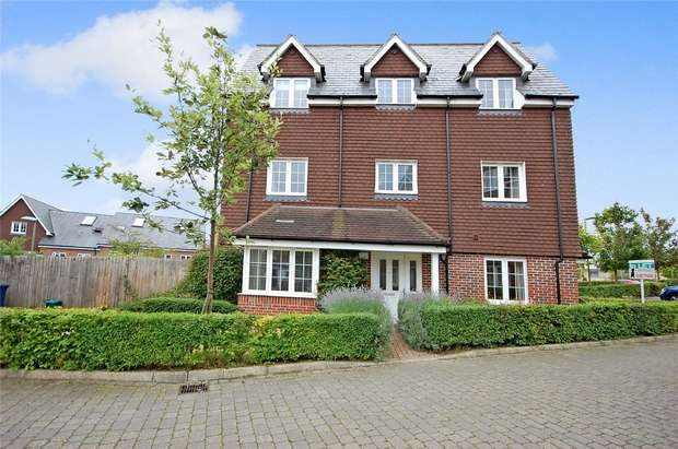 5 Bedrooms End Of Terrace House for sale in Farnham, Surrey