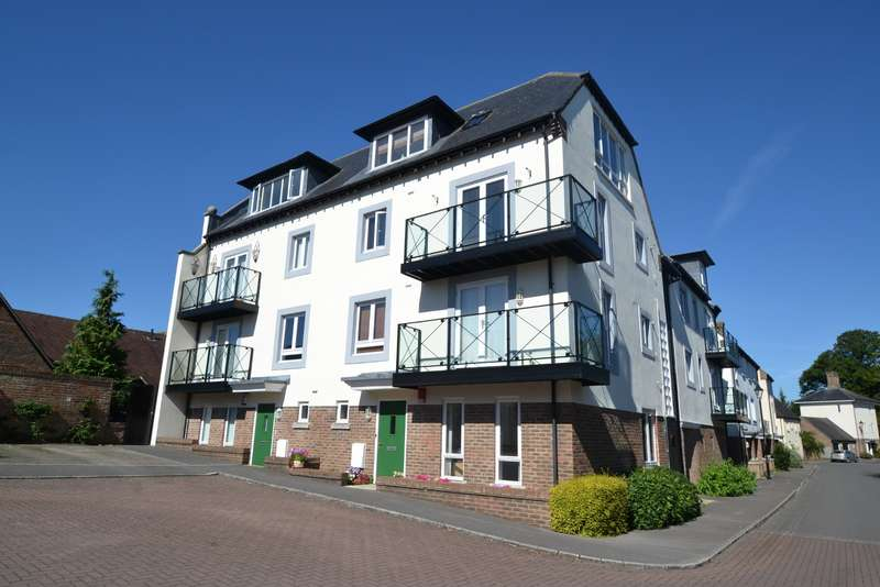 1 Bedroom Flat for sale in Blandford St Mary