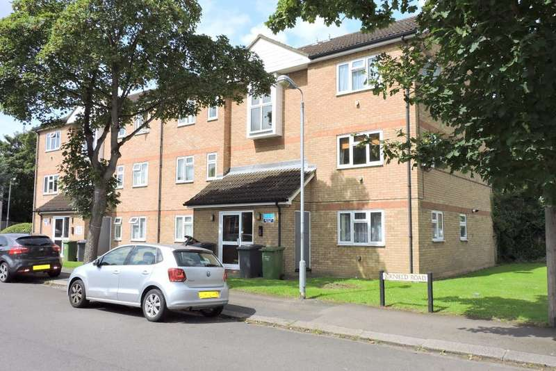 2 Bedrooms Flat for sale in Quilter Close, Luton, Bedfordshire, LU3 2LL