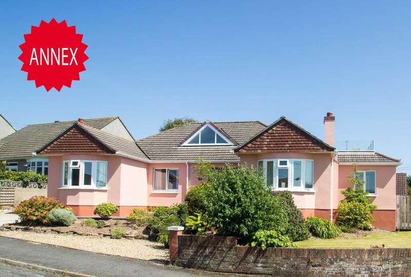 5 Bedrooms Detached House for sale in Valley Drive, Wembury, PL9 0EZ