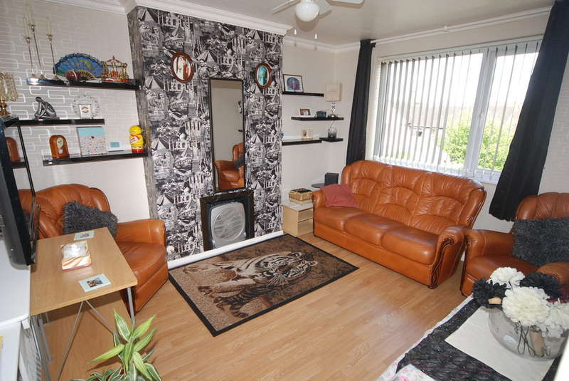 1 Bedroom Flat for sale in Lesh Lane, Barrow-in-Furness, Cumbria, LA13 9EF