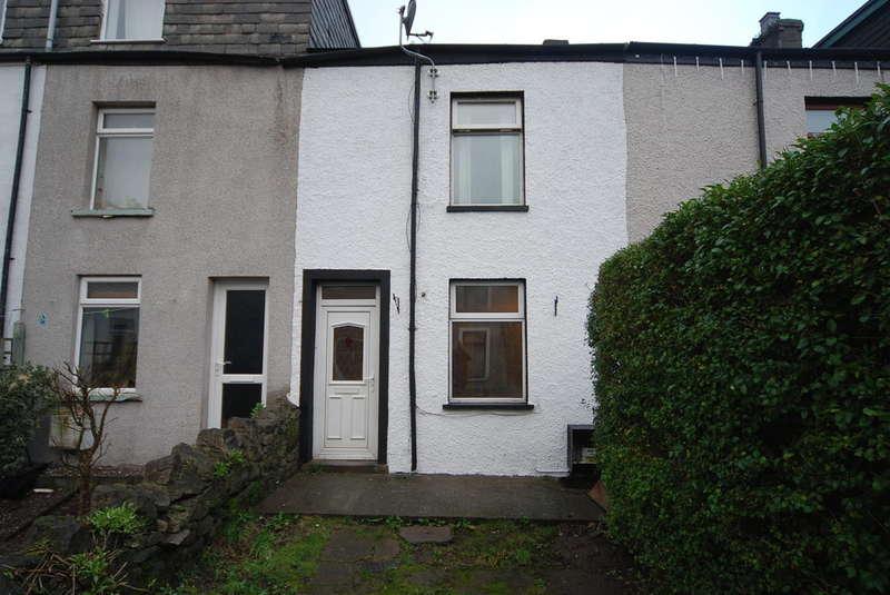 3 Bedrooms Terraced House for sale in Fell Croft, Dalton-in-Furness, Cumbria, LA15 8DD