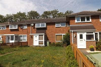3 Bedrooms Terraced House for rent in Annesley Road, Newport Pagnell, MK16