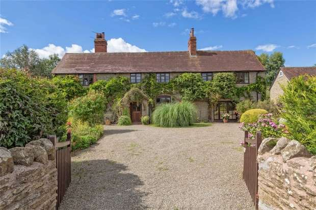 6 Bedrooms Detached House for sale in Vigrove House, Caynham, Ludlow, Shropshire