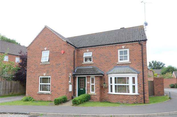 4 Bedrooms Detached House for sale in Victoria Gardens, Wokingham, Berkshire