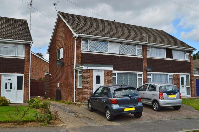 3 Bedrooms Semi Detached House for sale in Talbot Avenue, Langley, SL3