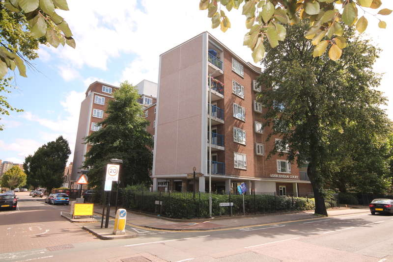 1 Bedroom Flat for sale in Ashburnham Court, Ashburnham Road, Bedford, MK40