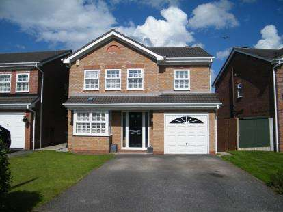 4 Bedrooms Detached House for sale in Abbey Close, Winsford, Cheshire, England