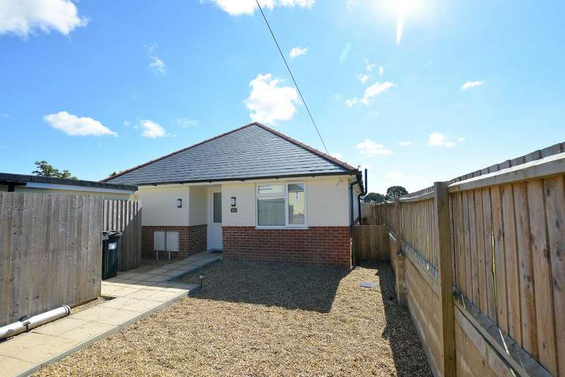 2 Bedrooms Detached Bungalow for sale in Bournemouth