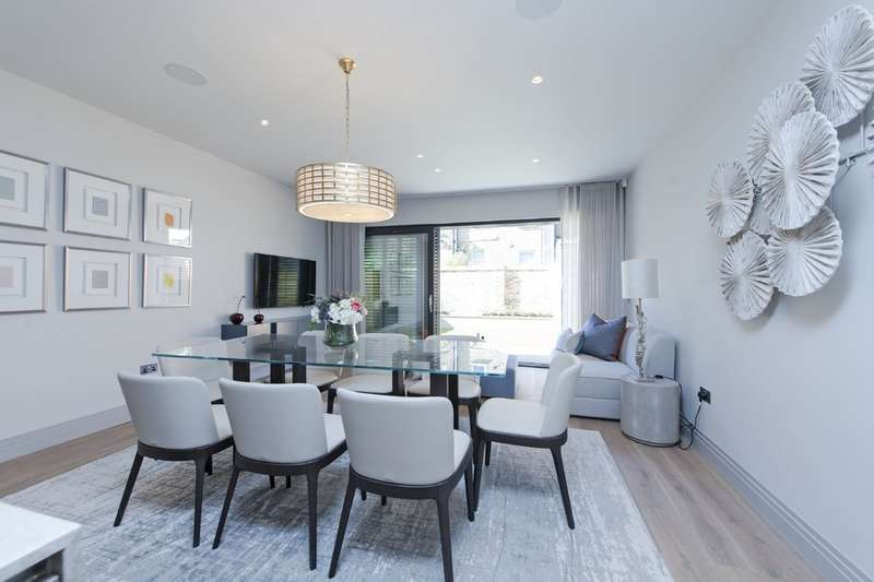 5 Bedrooms Terraced House for sale in Bolingbroke Terrace, Bolingbroke Grove, London