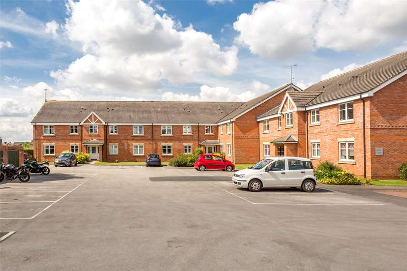 2 Bedrooms Flat for sale in Saddlers Close, Huntington, York, YO32