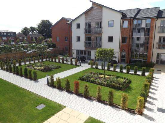1 Bedroom Flat for sale in Fleet, Hampshire