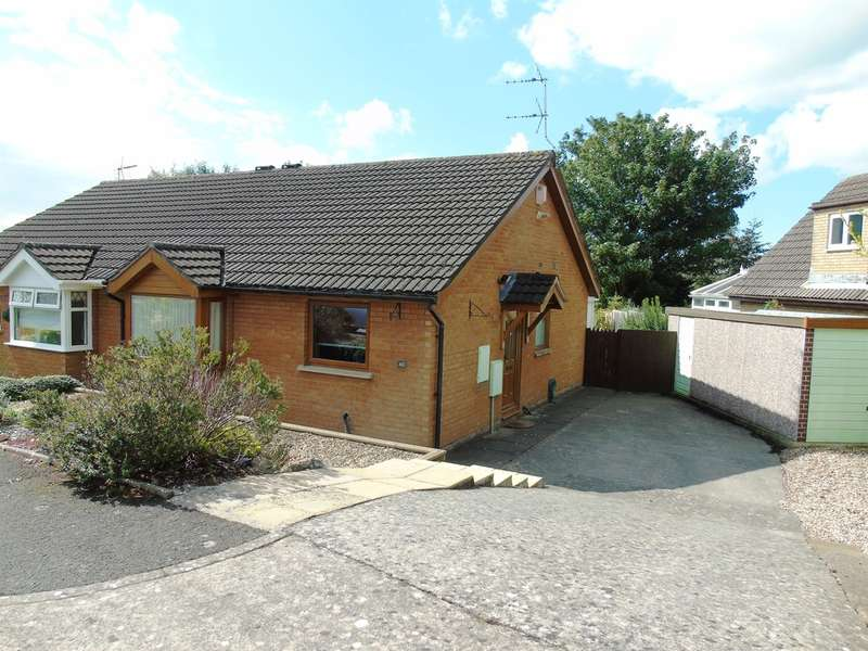 2 Bedrooms Semi Detached Bungalow for sale in Porlock Drive, Sully, Penarth