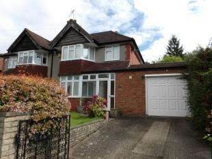 3 Bedrooms Semi Detached House for sale in Littleheath Road, South Croydon