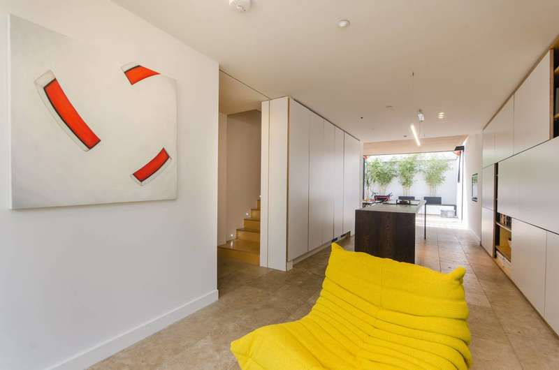 4 Bedrooms House for sale in Simpson Street, Battersea Square, SW11