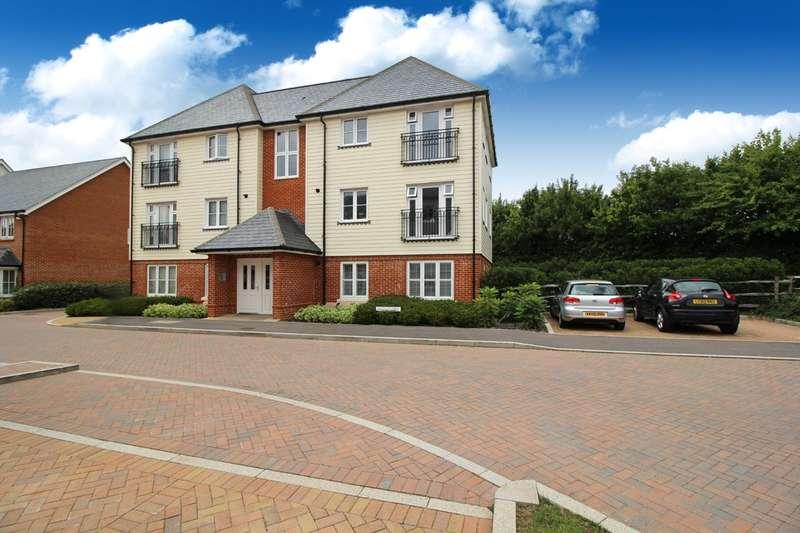 1 Bedroom Flat for sale in Longhurst Avenue, Horsham