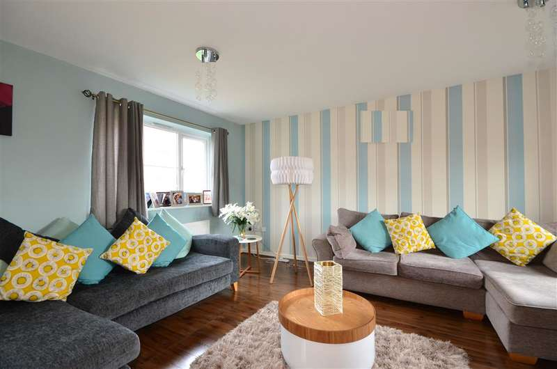 3 Bedrooms Semi Detached House for sale in Ryefield Road, Bognor Regis, West Sussex