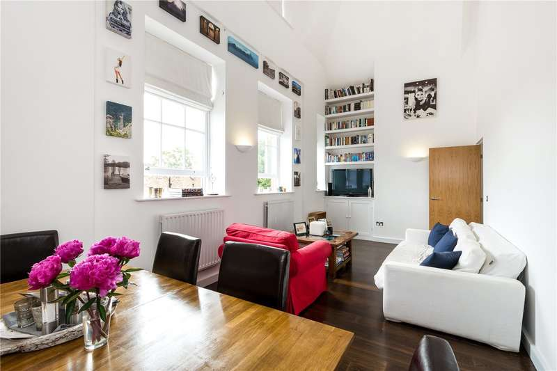 3 Bedrooms Flat for sale in Ecclesbourne Road, London, N1